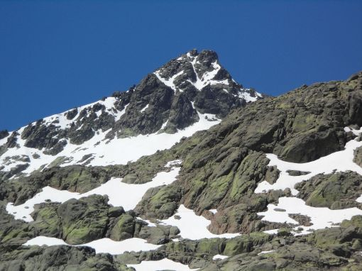 The Almanzor Peak in the Gredos Mountains. Source: Wikipedia